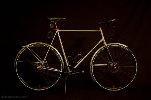 逸品 单车的皮带传动齿轮系统图片